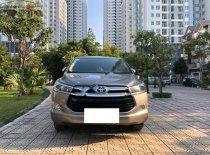 Bán xe Toyota Innova 2.0V sản xuất 2017, màu xám giá 705 triệu tại Hà Nội