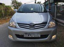 Cần bán lại xe Toyota Innova MT sản xuất 2011, màu bạc giá 329 triệu tại Tp.HCM