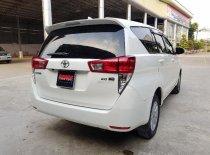 Bán Toyota Innova 2.0G AT năm 2016, màu trắng, giá tốt giá 2 tỷ 500 tr tại Hà Nội