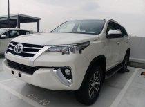 Cần bán xe Toyota Fortuner năm 2020, màu trắng giá 1 tỷ 53 tr tại Lâm Đồng