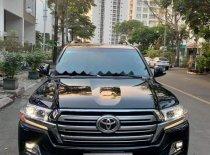 Bán xe Toyota Land Cruiser VX 4.6 V8 2016, màu đen, xe nhập giá 3 tỷ 200 tr tại Tp.HCM
