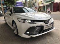 Bán xe Toyota Camry 2.5 Q đời 2019, màu trắng chính chủ giá 1 tỷ 280 tr tại Tp.HCM