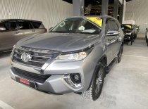Cần bán xe Toyota Fortuner V 4x2 2017, màu bạc, nhập khẩu giá 1 tỷ 20 tr tại Tp.HCM