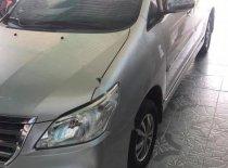 Bán xe Toyota Innova 2.0E năm 2012, màu bạc xe gia đình giá 348 triệu tại Kon Tum