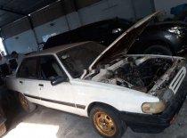 Cần bán xe Toyota Camry năm 1987, màu trắng, nhập khẩu giá 25 triệu tại Vĩnh Long