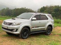 Cần bán Toyota Fortuner năm sản xuất 2015, màu bạc, nhập khẩu nguyên chiếc giá 685 triệu tại Nghệ An