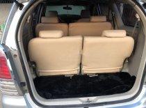 Cần bán xe Toyota Innova G 2011, màu bạc, 350tr giá 350 triệu tại Đồng Nai