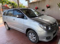 Bán Toyota Innova G đời 2009, màu bạc xe gia đình giá 300 triệu tại Bình Định