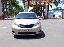 Bán Toyota Sienna 3.5LE năm 2011, màu vàng cát, nhập khẩu giá 1 tỷ 299 tr tại Tp.HCM