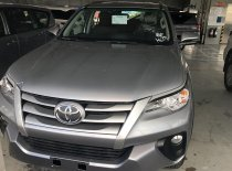 Toyota Hùng Vương xe Fortuner máy dầu, số sàn, giao ngay, đủ màu giá 963 triệu tại Tp.HCM