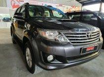 Cần bán xe Toyota Fortuner G năm 2013, màu xám giá 700 triệu tại Tp.HCM