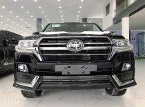 Bán xe Toyota Landcruiser 5.7V8 MBS 4 ghế Vip sản xuất 2020, màu đen, nội thất da nâu giá 9 tỷ 150 tr tại Hà Nội