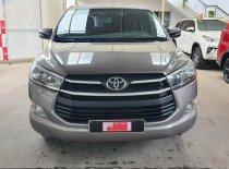 Cần bán Toyota Innova E 2017, màu bạc giá 640 triệu tại Tp.HCM