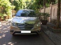 Gia đình cần bán chiếc xe ô tô Toyota Innova 2.0E SX 2016, màu ghi vàng giá 435 triệu tại Hà Nội