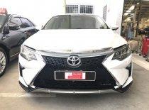 Cần bán xe Toyota Camry đời 2016, màu trắng, 820 triệu giá 820 triệu tại Tp.HCM