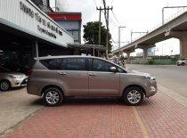 Bán Toyota Innova 2.0E đời 2019, màu bạc  giá Giá thỏa thuận tại Tp.HCM