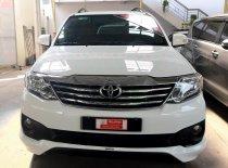 Cần bán xe Toyota Fortuner V 4x2 TRD 2015, màu trắng, giá 725tr giá 725 triệu tại Tp.HCM