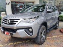 Bán Toyota Fortuner 2.4 MT đời 2019, màu bạc  giá Giá thỏa thuận tại Tp.HCM