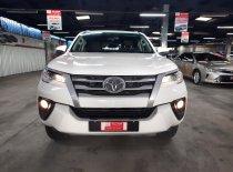 Bán Toyota Fortuner 2.4G 2018, màu bạc, nhập khẩu chính hãng, giá giảm cực lớn giá 900 triệu tại Tp.HCM