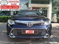 Cần bán lại xe Toyota Camry 2.0E đời 2016, màu xanh lam  giá Giá thỏa thuận tại Tp.HCM