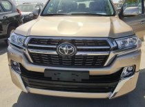 Bán Toyota Landcruiser VX-S 4.6V8 Trung Đông màu vàng cát xe 2021 nhập mới 100% giá 6 tỷ 850 tr tại Hà Nội