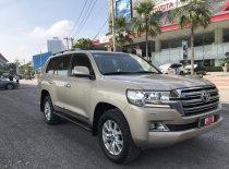 Cần bán Toyota Land Cruiser VX sản xuất 2015, màu vàng giá Giá thỏa thuận tại Tp.HCM