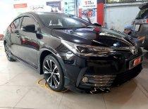 Bán xe Toyota Corolla Altis 2.0V sport sản xuất 2020, màu đen, giá khuyến mãi giá 890 triệu tại Tp.HCM