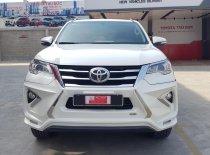 Bán ô tô Toyota Fortuner 2.7V 2017, màu trắng, nhập khẩu nguyên chiếc giá 940 triệu tại Tp.HCM