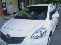 Cần bán lại xe Toyota Vios Limo đời 2013, màu đen, chính chủ giá cạnh tranh giá 175 triệu tại Phú Yên